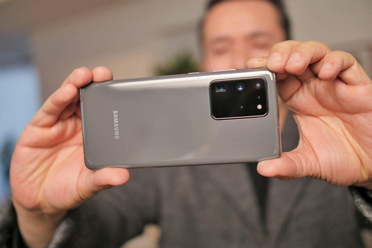 Take pictures with the Samsung Galaxy S20 Ultra