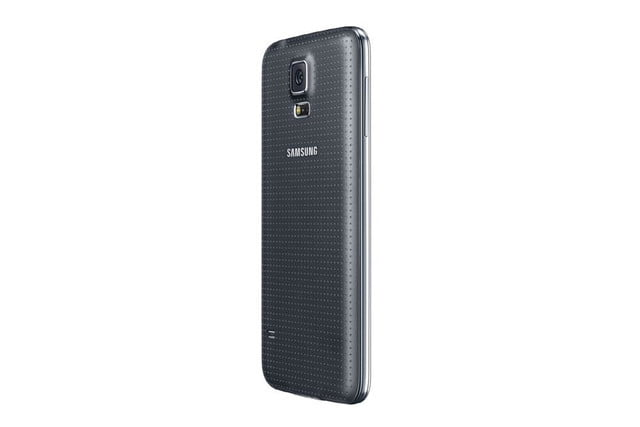 galaxy s5 makes debut samsung unpacked event mwc 2014 black 9