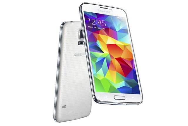 galaxy s5 makes debut samsung unpacked event mwc 2014 shimmery white