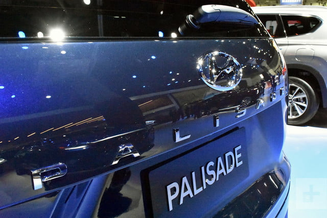 2020 hyundai palisade seats eight comes with useful tech se live 9