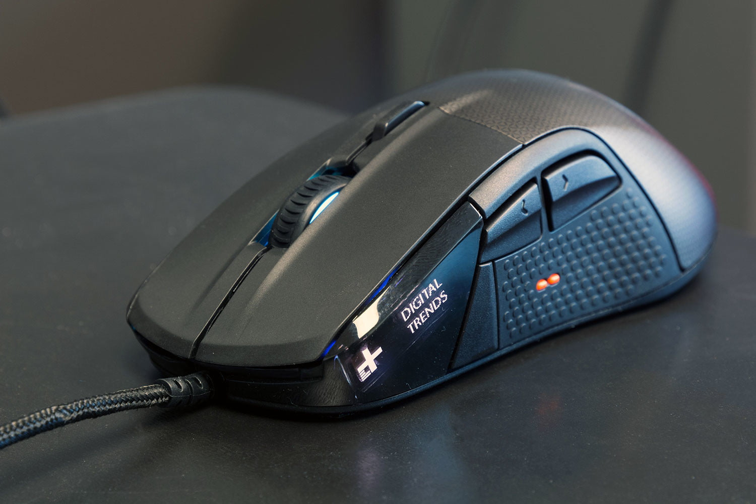 SteelSeries Rival 700 Gaming Mouse Review | A Solid Weapon