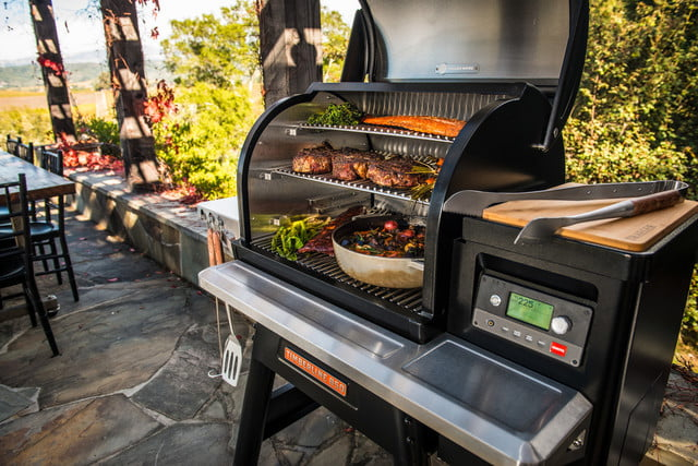 traeger 2019 new grills timberline 850 lifestyle 016