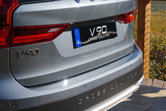 volvo v90 cross country news specs pictures 012