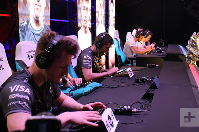 Your Smartphone Is The Key To The Future Of Esports