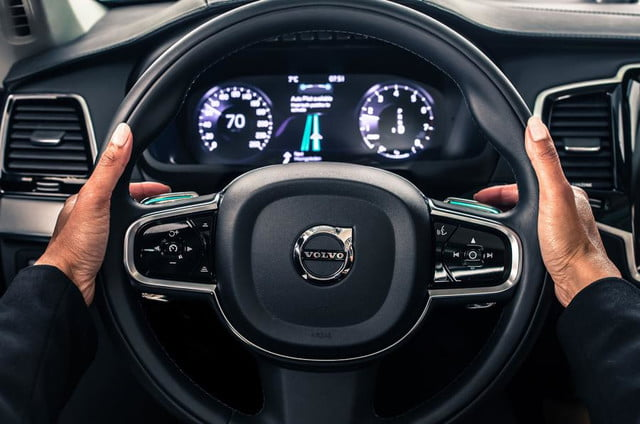 volvo-self-driving-wheel