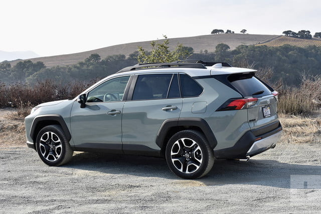 revision toyota rav4 2019 adventure 15 800x534 c