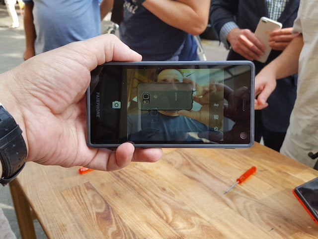 fairphone 2 modulos actualizables airphone ifa 2017 17