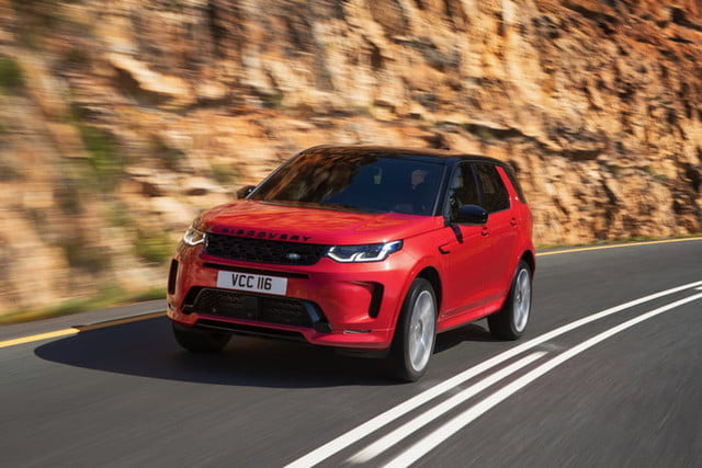 land rover discovery sport 2020 lrds20mydynamicnd210519009 700x467 c