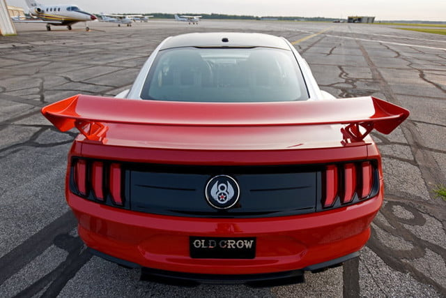 ford mustang p 51 old crow gt 6 700x467 c