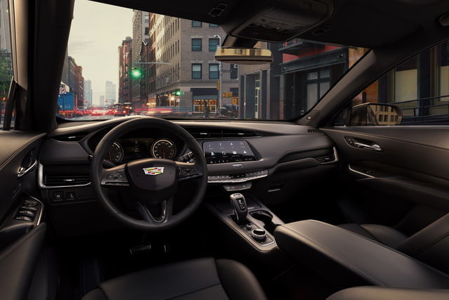 cadillac xt4 super cruise the 2019 was developed on an exclusive compact suv architect 6 640x427 c
