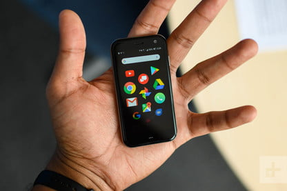 Standalone Palm Impressions: Small, Pricey, Poor Battery