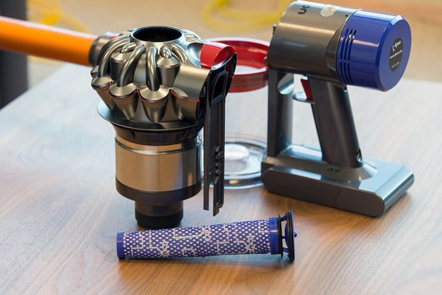 dyson v8 absolute review digital trends. Black Bedroom Furniture Sets. Home Design Ideas