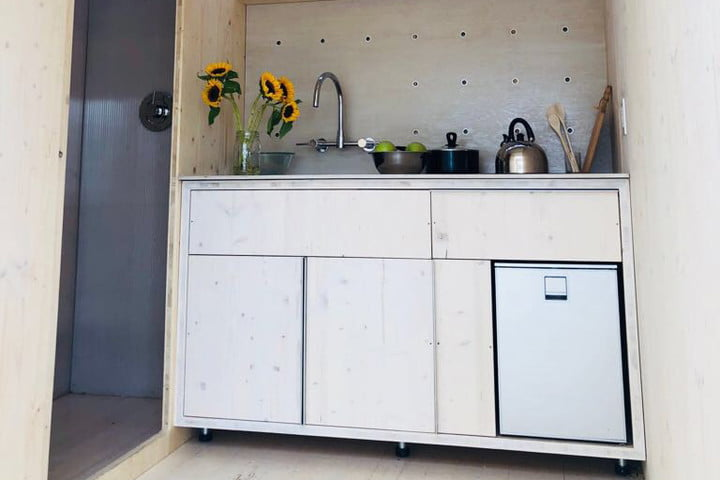 yale smart tiny houme of the future ecological living module5