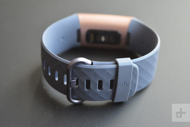 fitbit charge 3 clasp