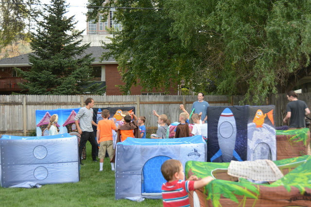 fortsy is an inflatable play fort on kickstarter