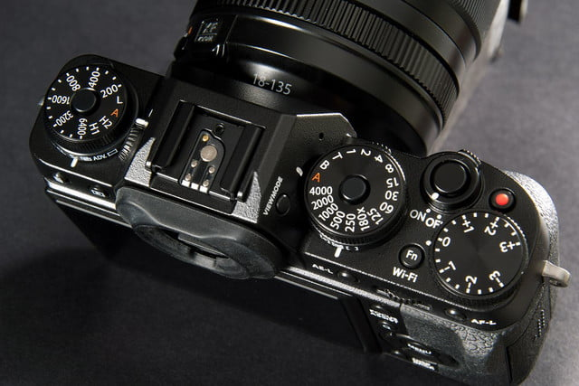 Fujifilm X-T1 camera review top dials 2
