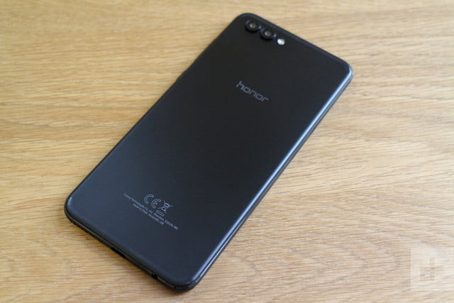 Honor View 10 review back angle full