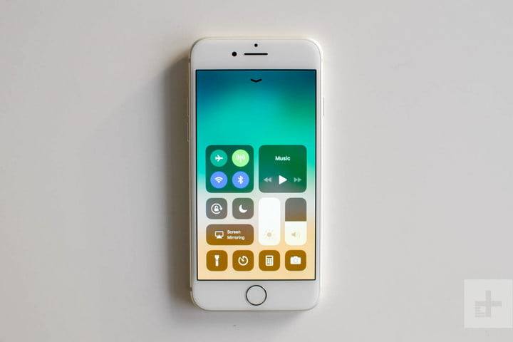 Apple iPhone 8 review quick settings