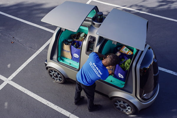 kroger driverless deliveries meet nuro clicklist associate