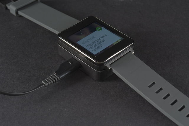 LG G Smartwatch connected