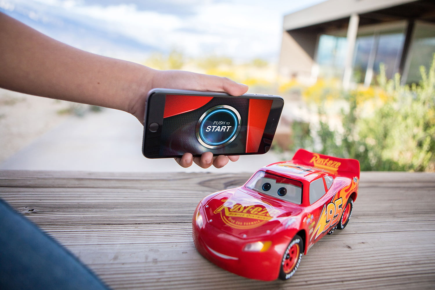 Sphero's Ultimate Lightning McQueen is a Toy Racing Car ...