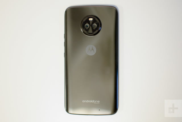 Moto X4 Android One review back full