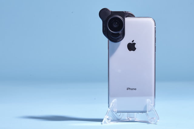 watch fb1f8 4af49 Olloclip Makes It Easy to Swap Lenses with New iPhone X System ...