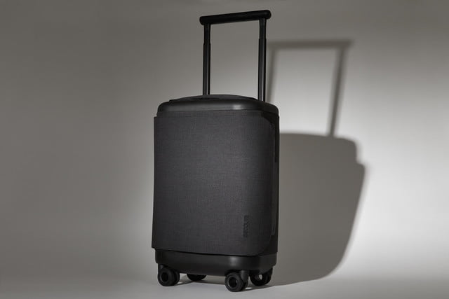 incase proconnected 4 wheel hubless roller smart luggage blends high design with large capacity battery studio0123