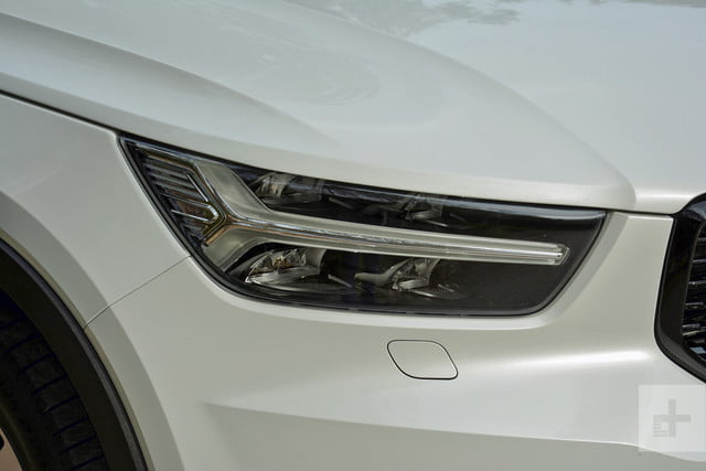 2019 Volvo XC40 first drive review headlight