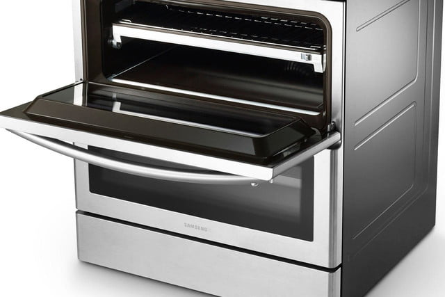 samsungs home appliances at ces 2015 samsung 30  freestanding flex duo oven range with double door image 2