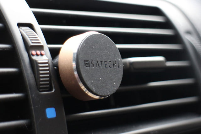 Satechi Magnetic Smartphone Car Mount
