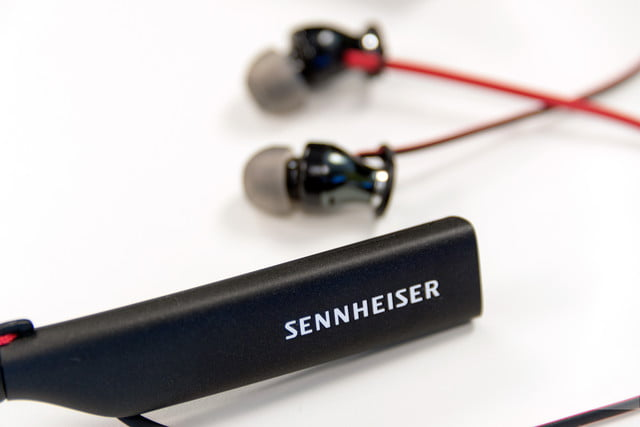 sennheiser hd1 ear wireless headphones logo2