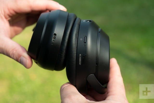 sony wh-1000x headphones ports buttons