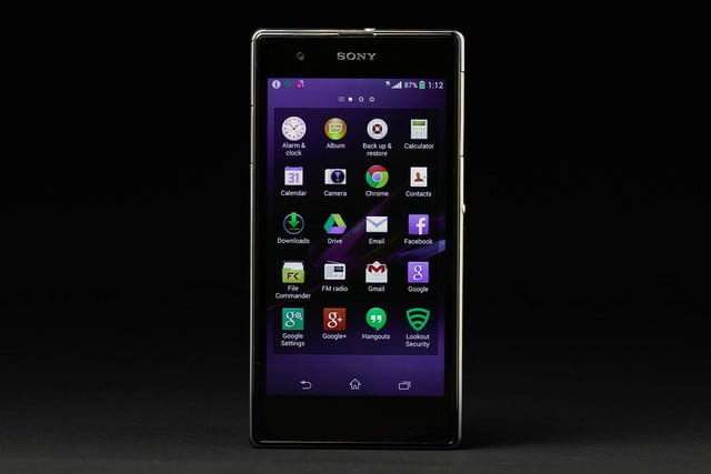 Sony Xperia Z1S review screen apps 2