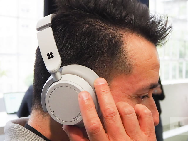 Microsoft Surface Headphones Hands-on