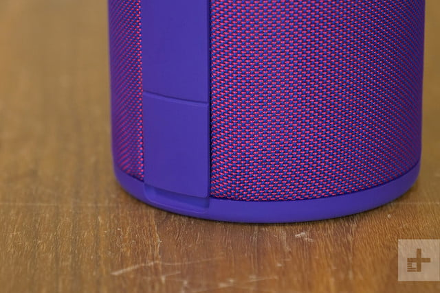ultimate ears megaboom 3 bottom detail